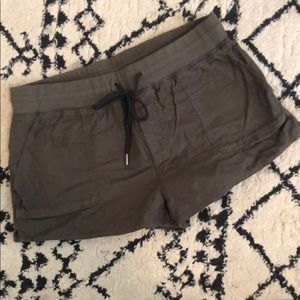 NBW Aritzia casual drawstring shorts in olive